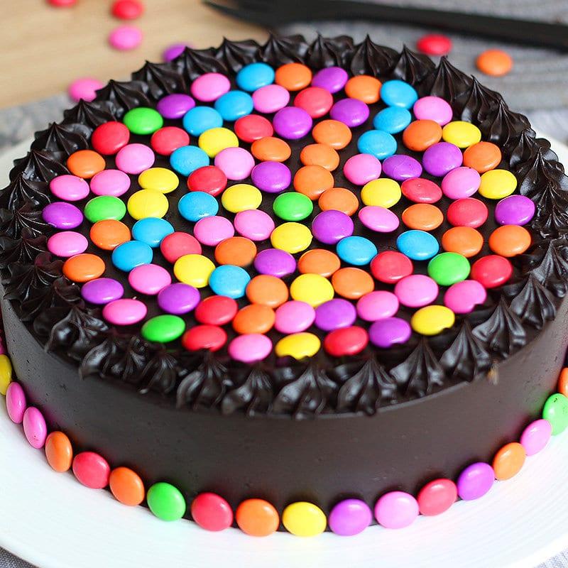 Round Chocolate Gems Cake 9999610cb 230518 C