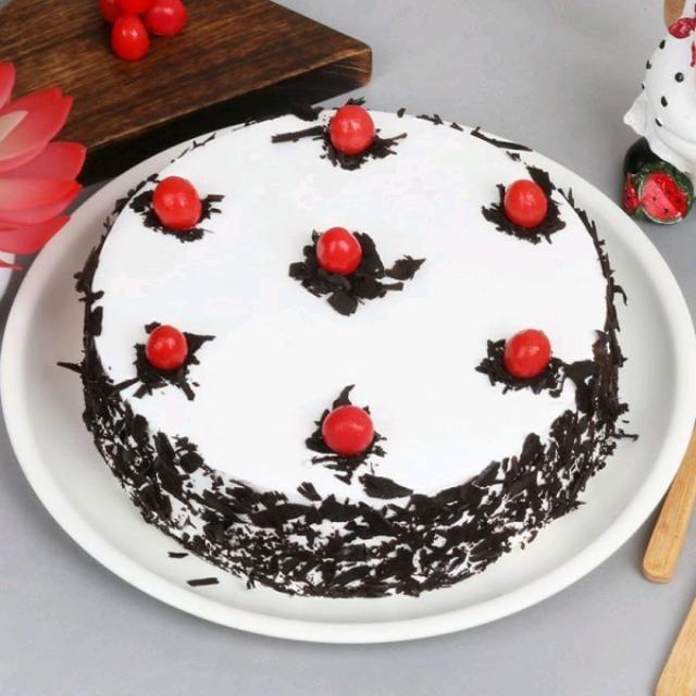 Snow White Sugarfree Cake